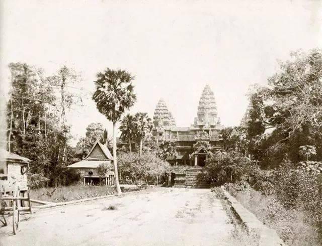 Angkor Wat à l'arrivée des Occidentaux.